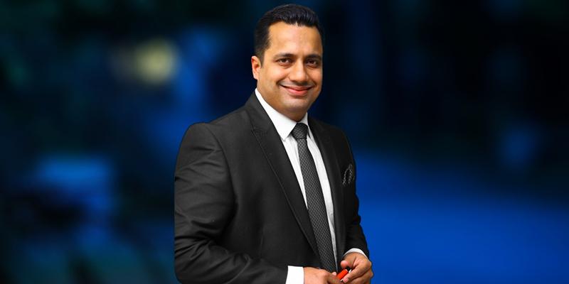Dr.-Vivek-bindra_Motivational-Speaker